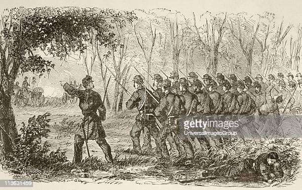 Union soldiers on the plateau at the first Battle of Bull Run July 21 near Manassas Virginia during the American Civil War From a 19th century...