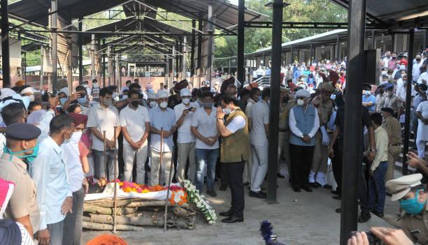 IND: Legendary India Sprinter Milkha Singh Passes Away At 91