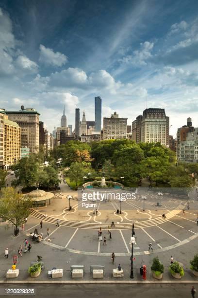 マンハッタン・ニューヨーク市ミッドタウンのユニオンスクエアパーク - ユニオンスクエア ストックフォトと画像