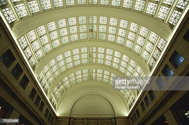 union station ceiling - ワシントンdc ユニオン駅 ストックフォトと画像