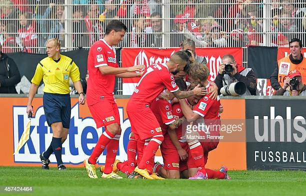 Union Team celebrate after scoring the 2:1 during the game between 1 FC Union Berlin and SV Sandhausen on october 18, 2014 in Berlin, Germany.