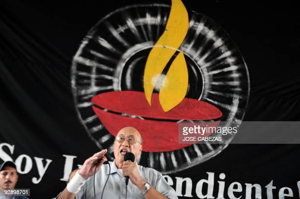 Union worker leader and independent Honduran presidential candidate Carlos H Reyes speaks during a meeting on November 8 2009 in Tegucigalpa Honduras...