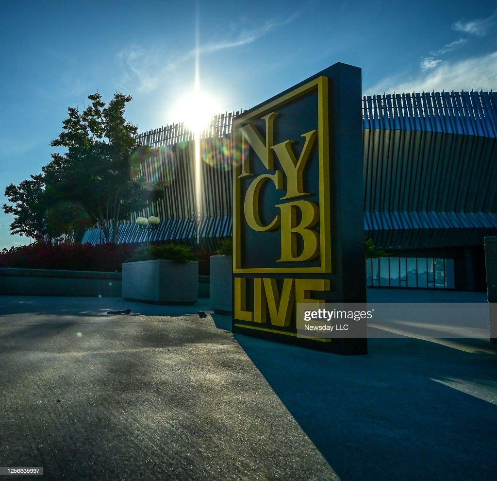Photo of the NYCB sign outside the Nassau Coliseum : News Photo