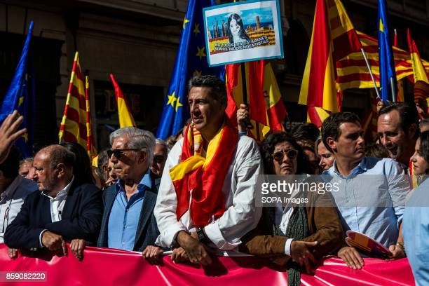 Unionist catalan politics and Nobel Prize in Literature Mario Vargas Llosa Large number of citizens protested on Sunday in Barcelona against the...