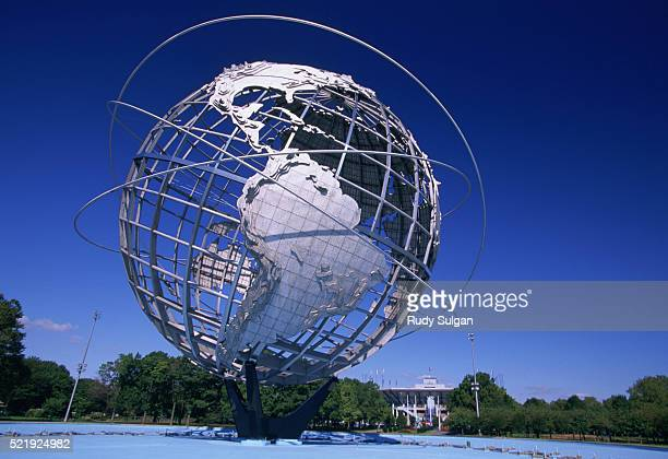 unisphere at flushing meadows park - flushing queens stock pictures, royalty-free photos & images