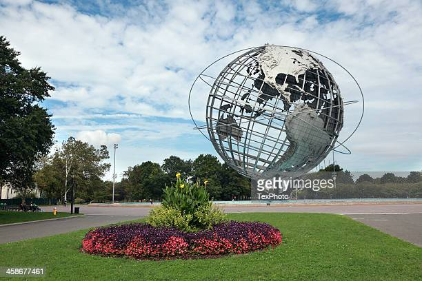 unisphere in corona park, flushing meadows ny - flushing queens stock pictures, royalty-free photos & images