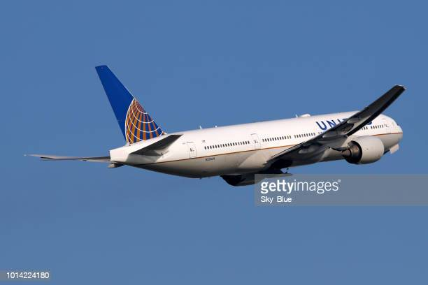 United Airlines Aircraft Take Off