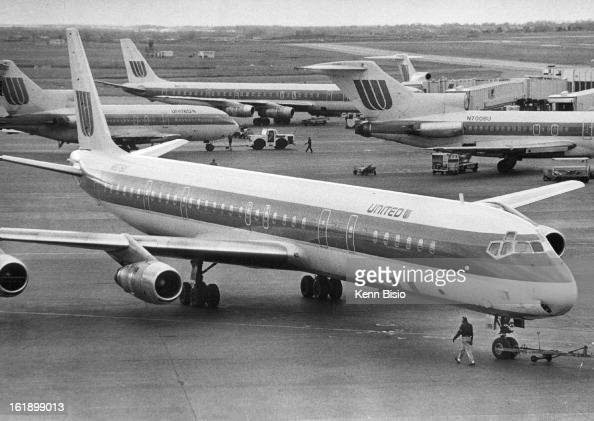 Mar 30 1979 4 United Airlines Ual Planes Stack Up At P M Friday B Concours Pictures Getty Images