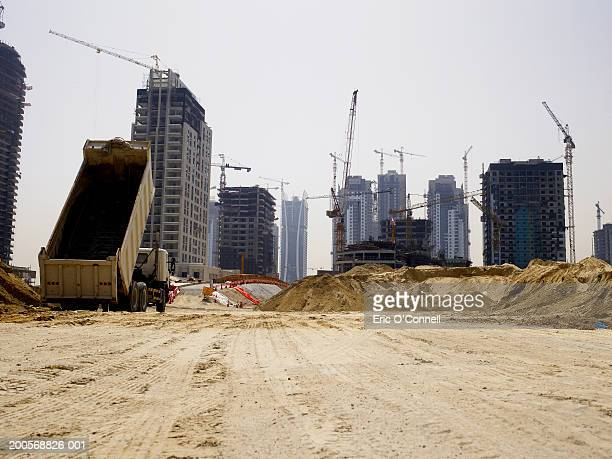 united arab emirates, dubai, building site - construction site stock pictures, royalty-free photos & images