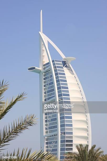 United Arab Emirates, Dubai. Das Burj Al Arab Hotel.
