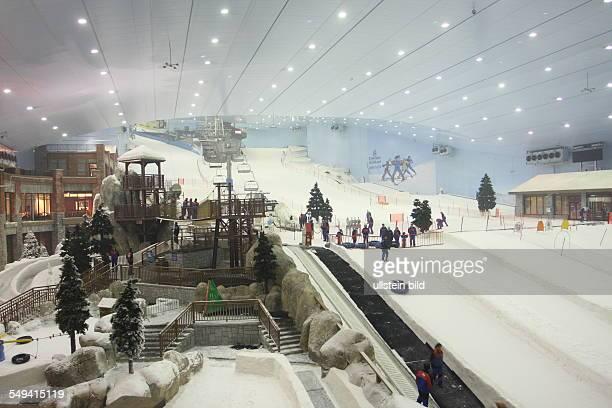 ARE United Arab Emirates Dubai Mall of Emirates/Dubai Less visitors of the skiing hall