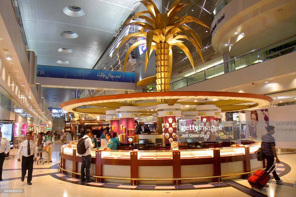Dubai International Airport concourse Sheikh Rashid Terminal shopping : News Photo