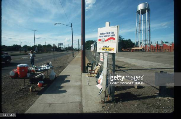 United Auto Workers Union member is on strike at General Motors plant June 29, 1998 in Flint, MI. The strike has affected about 148,000 GM North...