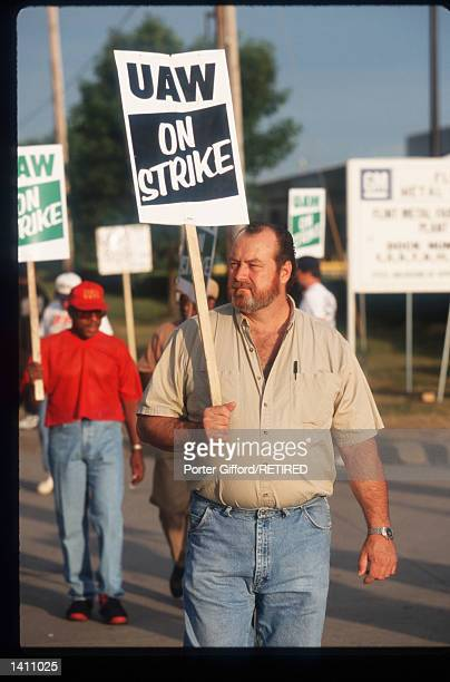 United Auto Workers Union members strike at General Motors plant June 29 1998 in Flint MI The strike has affected about 148000 GM North American...