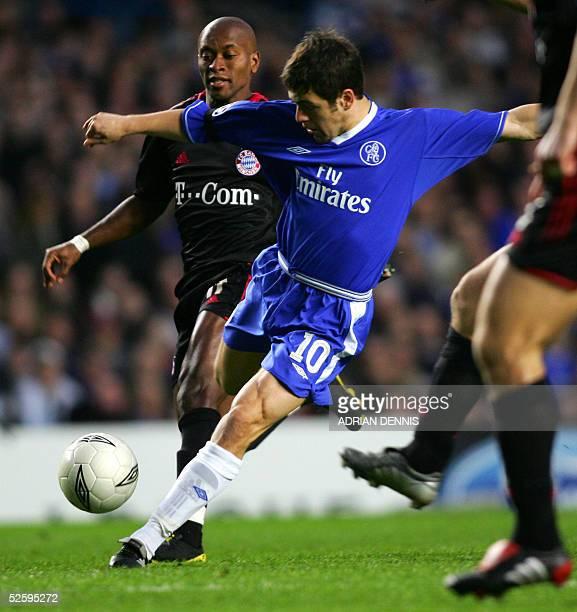 Chelsea's Joe Cole scores as Bayern Munich' Ze Roberto watches during their first leg Champion's League quarterfinal football match at Stamford...