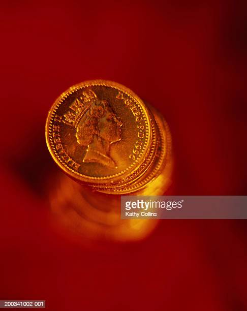 united kingdom currency, stack of pound coins - kathy cash stock pictures, royalty-free photos & images