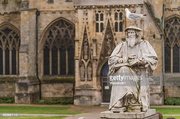 United Kingdom, England, Devon, Exeter, Exeter Cathedral, Richard Hooker Monument