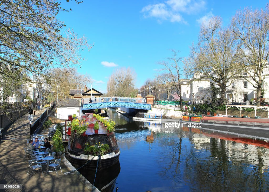 Barge alongside the canal at Little Venice. : News Photo