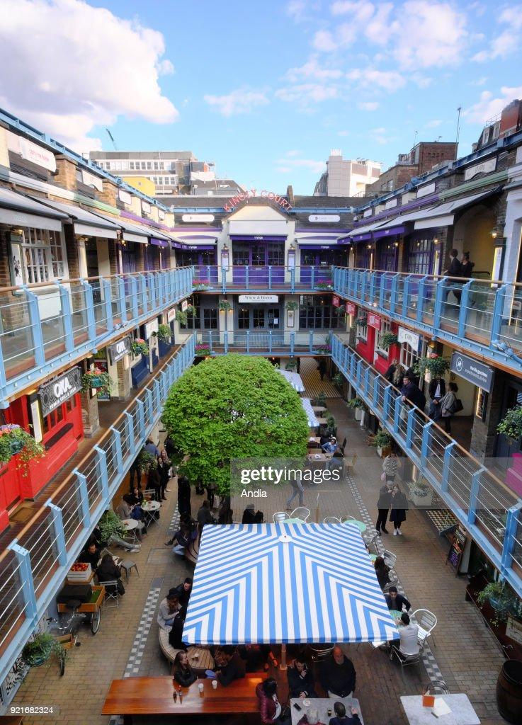 Shopping mall and restaurants near Carnaby Street. : News Photo