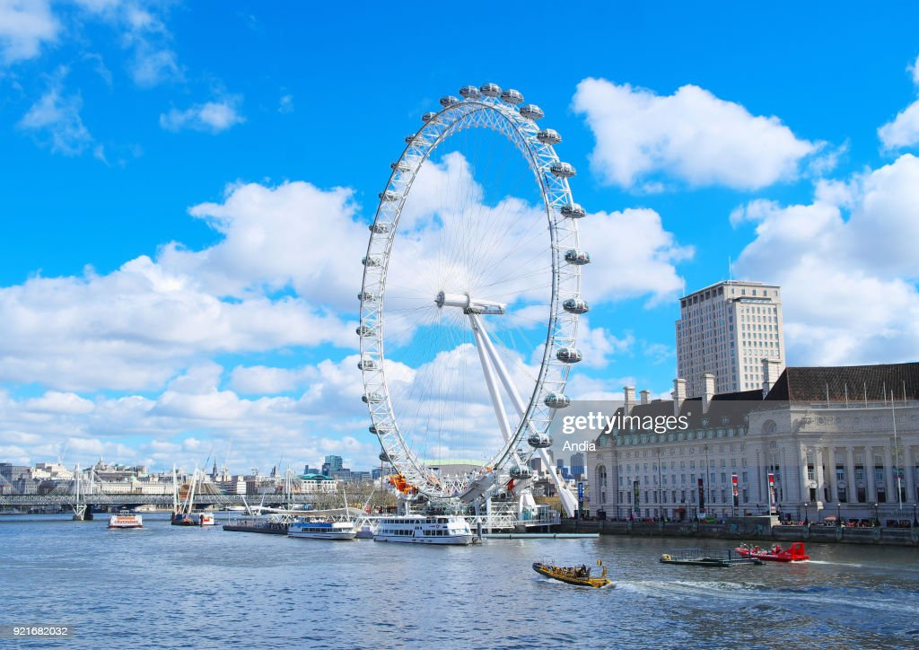 The London Eye. (Photo by: Andia/ UIG via Getty Images) : News Photo