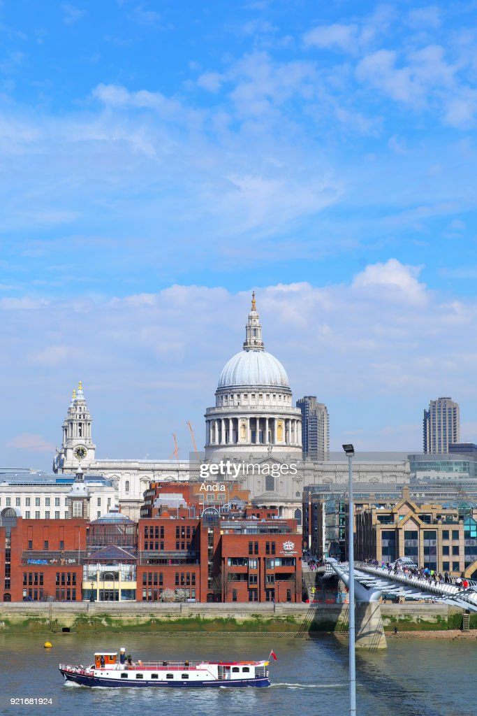 The Millenium Bridge and St Paul's Cathedral. : News Photo