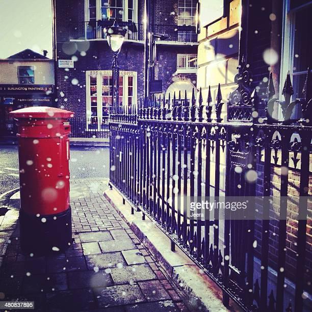 Reino Unido, Londres, Grande Londres, Post box e corrimões de Ferro