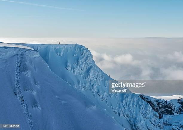 united kingdom, scotland, ben nevis, tower ridge - mountain ridge stock pictures, royalty-free photos & images
