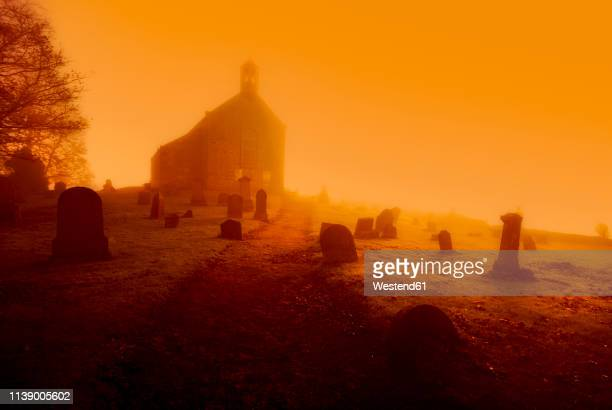 united kingdom, scotland, fife, graveyard, conceptual apocalyptic - death stock pictures, royalty-free photos & images