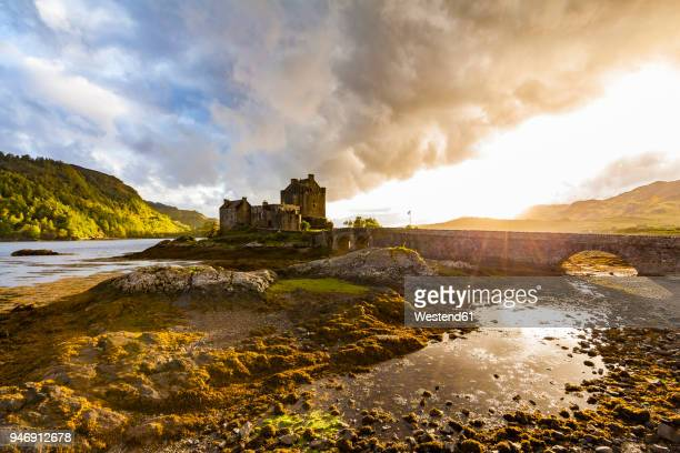 united kingdom, scotland, loch duich, eilean donan castle - scotland stock pictures, royalty-free photos & images