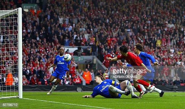 Sequence 4 of 7 Liverpool's Luis Garcia watches his shot at goal as Chelsea's John Terry William Gallas and Ricardo Carvalho look on during the...