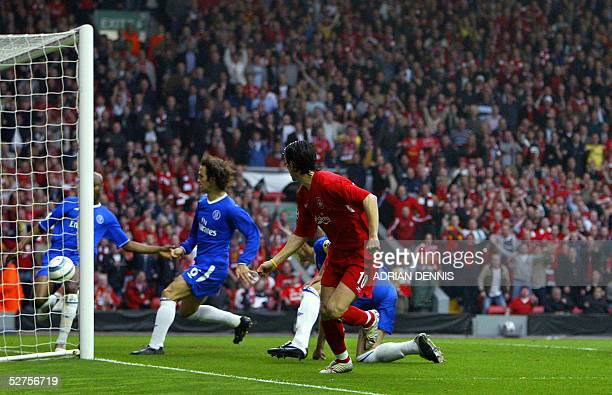 Sequence 6 of 7 Liverpool's Luis Garcia watches his shot head for goal as Chelsea's William Gallas tries to clear the ball as John Terry and Ricardo...