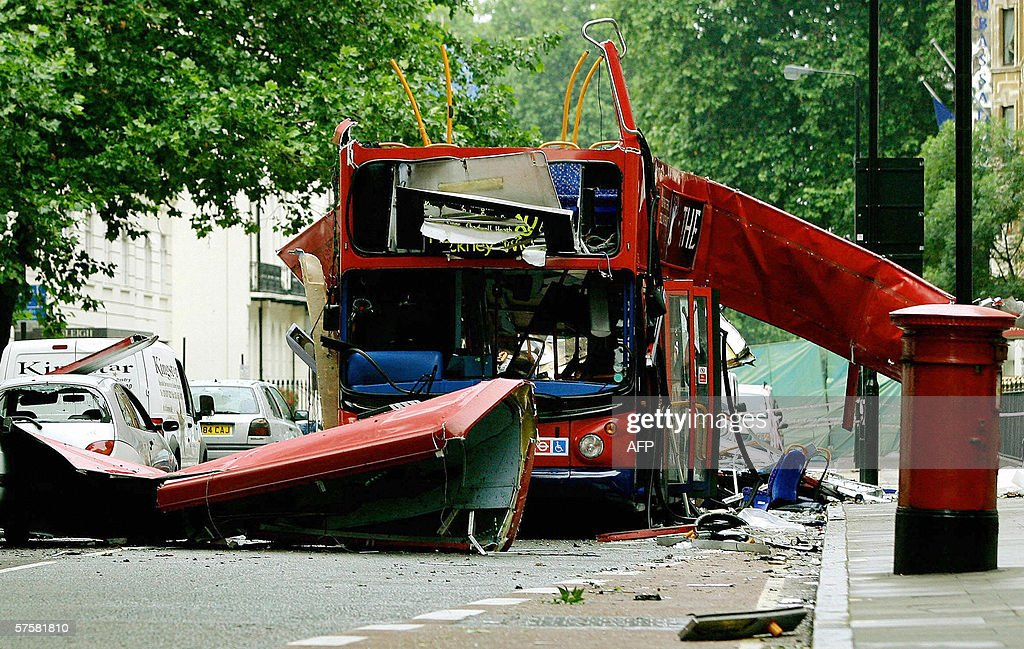 The wreck of the Number 30 double-decker bus is pictured in Tavistock Square in central London, 08 July, 2005. The chances of preventing the July 7 attacks might have been greater had different investigative decisions been made by the Security Service, an official report concluded Thursday. The report also highlighted the fact that Britain's security services were ill-equipped to prevent the July 7 London bombings because of a lack of resources.