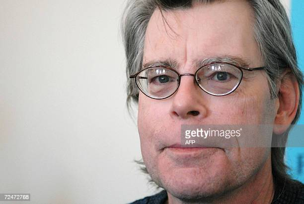 US author Stephen King is pictured at a press conference in London 09 November 2006 as he prepares to launch his new book 'Lisey's Story' Horror...