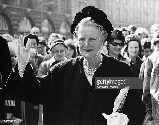 United KingdomLondon Lady Churchill S 80Th Birthday Arrival At The Cafe Royal For The Family Luncheon April 1St 1965