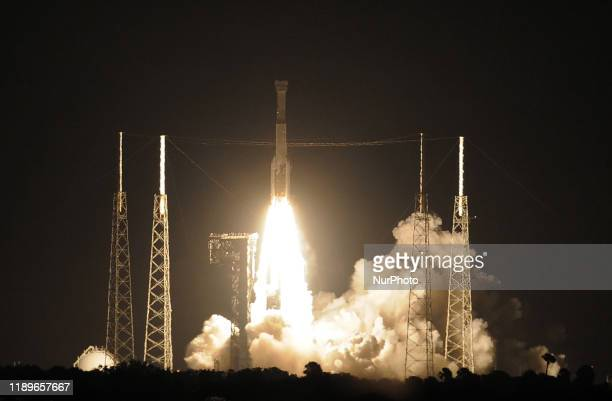 United Launch Alliance Atlas V rocket carrying the Boeing CST-100 Starliner spacecraft lifts off from Space Launch Complex 41 at Cape Canaveral Air...