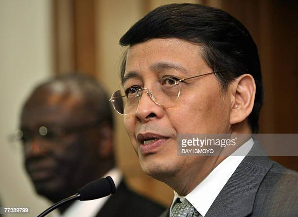 United Nations envoy to Myanmar Ibrahim Gambari and Indonesian Foreign Minister Hassan Wirayuda give a joint press conference at the Foreign Ministry...
