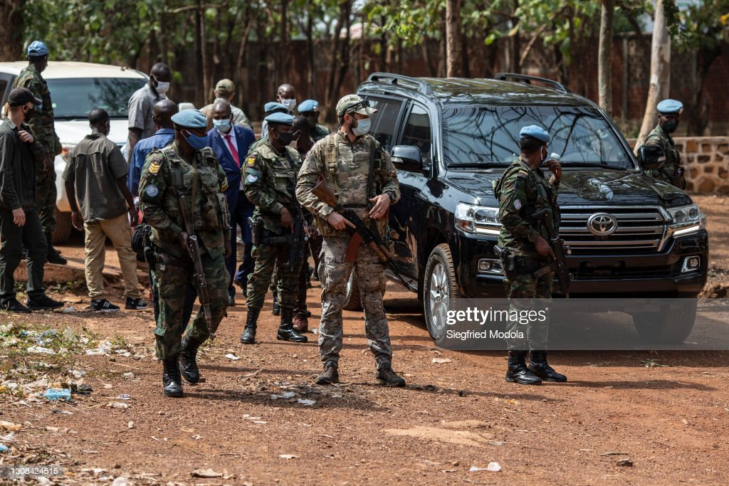 Bangui Disconnect: Daily Life After Waves Of Rebel Violence Outside Of Capital : Nachrichtenfoto