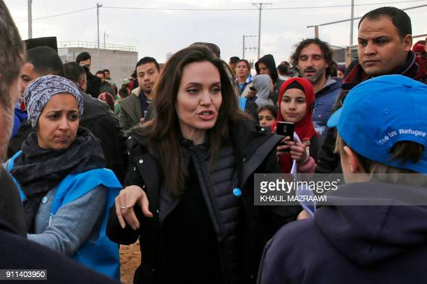 United Nations refugee agency special envoy Angelina Jolie visits Jordan's Zaatari camp for Syrian refugees on January 28, 2018. / AFP PHOTO / Khalil...