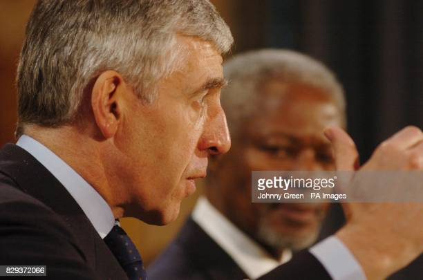 United Nations Secretary General Kofi Annan and British Foreign Secretary Jack Straw during a press conference at the Foreign Commonwealth Office in...