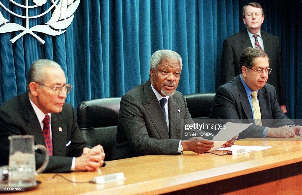 United Nations Secretary General Kofi Annan C Announces An