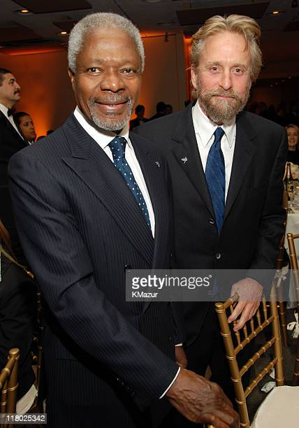 United Nations SecretaryGeneral Kofi Annan and Michael Douglas AdoptAMinefield's Night of a Thousand Dinners Benefit Committee Chair**Exclusive**