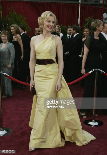 """United States: Actress Cate Blanchett, nominated for Best Supporting Actress for her role in """"The Aviator,"""" arrives for the 77th Academy Awards 27..."""