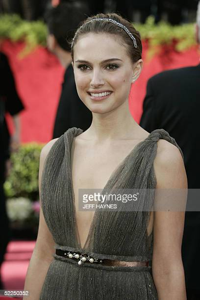 """United States: Actress Natalie Portman, nominated for Best Supporting Actress for her role in """"Closer,"""" arrives for the 77th Academy Awards 27..."""