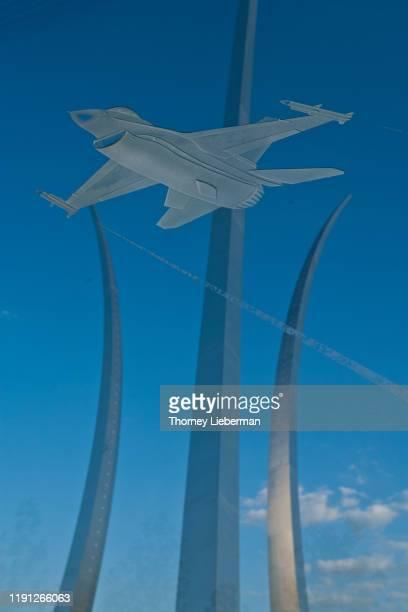 united states air force memorial - flygformationen missing man bildbanksfoton och bilder