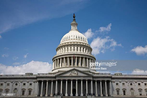 united states capitol building, washington dc, usa - neoklassiek stockfoto's en -beelden