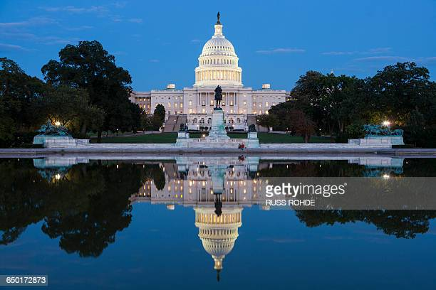 united states capitol by night, washington, usa - capitol building washington dc stock pictures, royalty-free photos & images