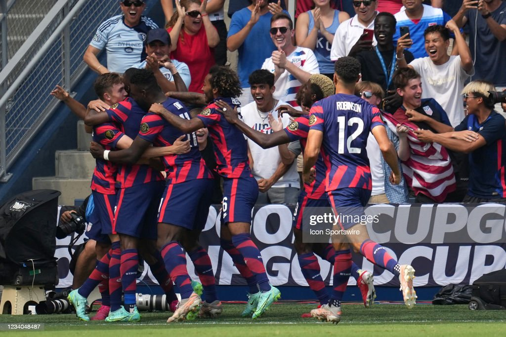 SOCCER: JUL 18 Concacaf Gold Cup - USA v Canada : News Photo