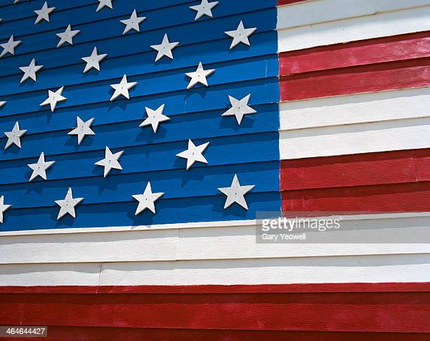united states flag painted on building facade - yeowell stock pictures, royalty-free photos & images