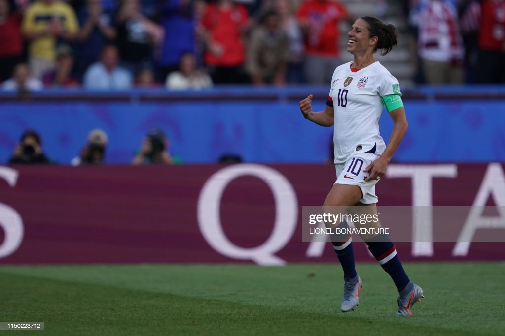 FBL-WC-2019-WOMEN-MATCH23-USA-CHI : News Photo