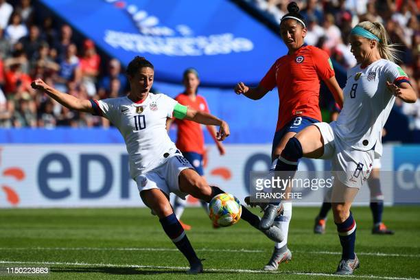 TOPSHOT United States' forward Carli Lloyd scores a goal during the France 2019 Women's World Cup Group F football match between USA and Chile on...